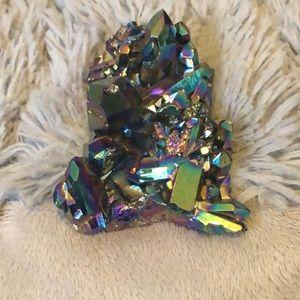 Accessories - Oil slick rainbow quartz cluster